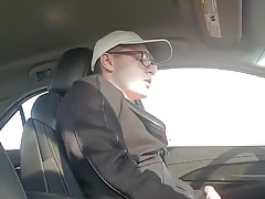 A guy can multitask: driving and jerking