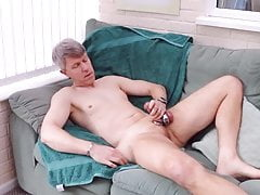 Cock rings, ball weight and cum !!