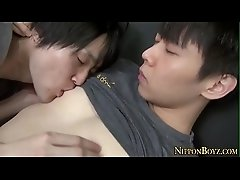 Japanese teen face jizzed