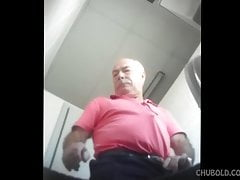 Older man peeing - hidden cam from below