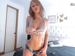Lilly Teases in Jean Shorts &amp_ makes your Cock Hard  - www.XCam.pro